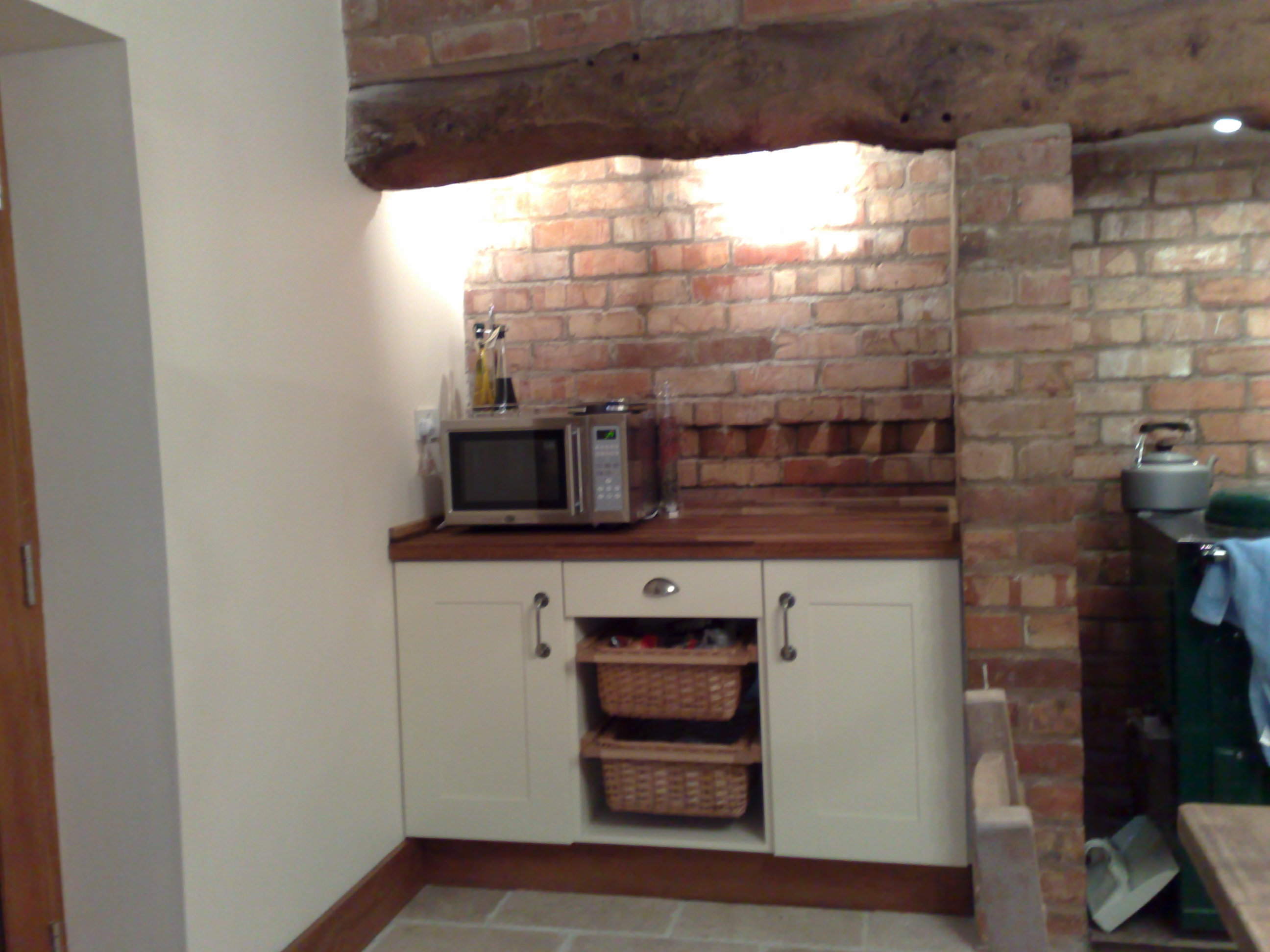 Redditch joinery kitchens for Fitting kitchen units